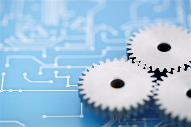 leveraging technology in Manufacturing industry